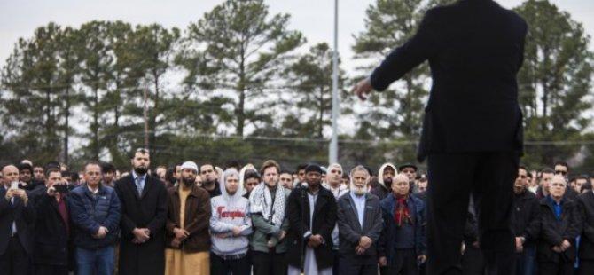 ABD'de Katledilen 3 Müslüman Genç Defnedildi