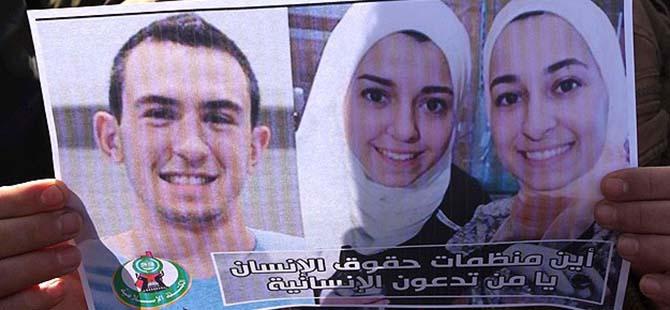 3 Müslüman Gencin Katil Zanlısı Cinayetten Yargılanacak