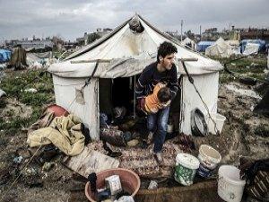 Suriyelilerin Çamur Altında Yaşam Mücadelesi (FOTO)