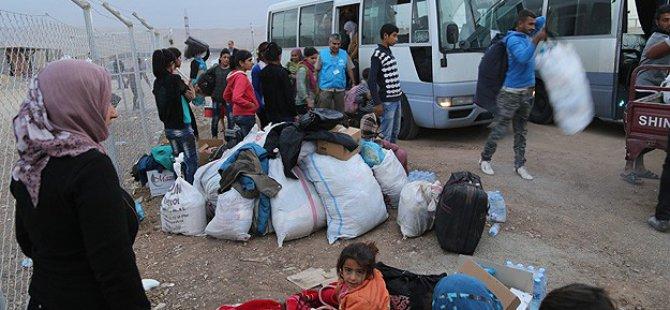 Kunaytra ve Dera'dan 2 Bin Aile Daha Göç Etti