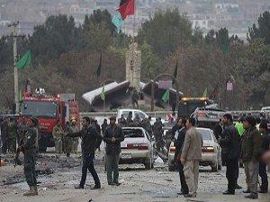 Afganistan'da Bombalı Saldırı: 20 Polis Öldü
