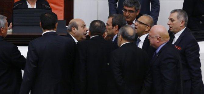 İç Güvenlik Paketi Görüşmeleri Perşembe'ye Ertelendi