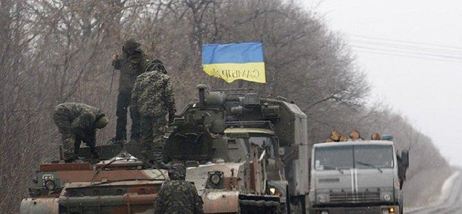 Ukrayna Birlikleri Debaltseve'den Çekiliyor