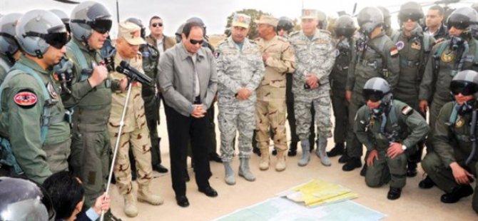 Sisi, Sina'da Olağanüstü Hali Uzattı