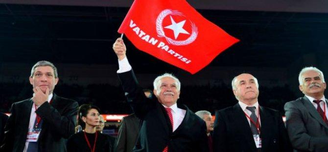 """Darbesever Perinçek: """"Hepsi Abdulhamit'in Kaderini Paylaşacak"""""""