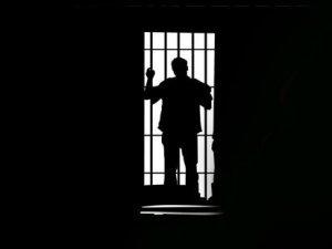 Siyonist Zindanlarda Tutsak Filistinli Sayısı 7 Bine Ulaştı
