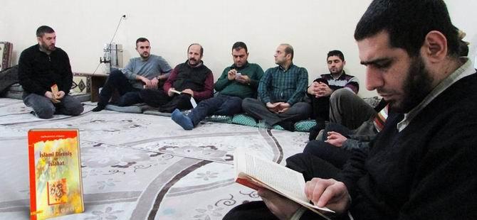 """Muş Özgür-Der'de """"İslami Direniş ve Islahat"""" Konuşuldu"""