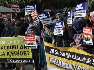 """Adana'da """"Müslüman Tutsaklara Özgürlük"""" Eylemi"""