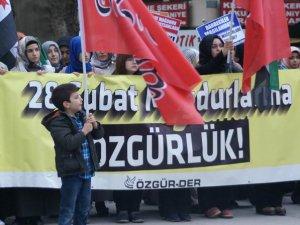 Bursa'da Darbeciler ve İranlı Katiller Protesto Edildi