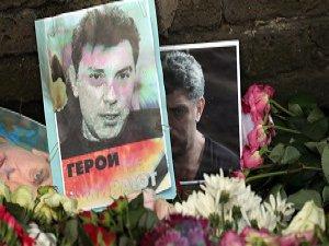 Putin: Nemtsov Cinayeti Siyasi