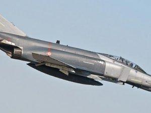 İsrail'in Modernize Ettiği 12 F4 Jet Düştü