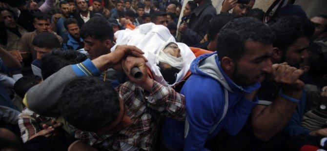 İsrail Gazzeli Balıkçıyı Katletti
