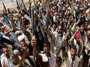 Yemen'de Husiler Cumhurbaşkanlığı Sarayına Saldırdı