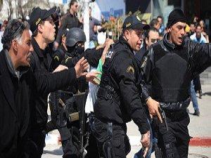 """Tunus'ta """"Selefilere"""" Gözaltı Furyası"""