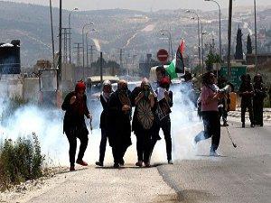 Siyonistler 4 Filistinli Kadını Gözaltına Aldı