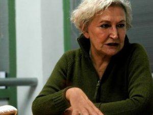 Başörtülülere Hakaret Eden Pınar Kür'ün Yargılanmasına Devam Edildi