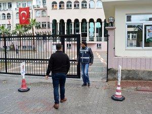 Adana'da Özel Burç Okulları'nda Arama Başlatıldı