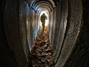 Mısır Cuntası Gazze Tünellerini Kapattı