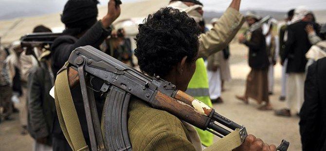 Husiler Taiz Havaalanını Kontrol Altına Aldı