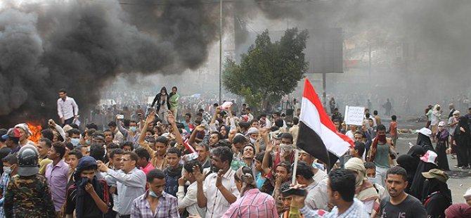 Taiz'de Husi Karşıtı Gösteriye Ateş Açıldı