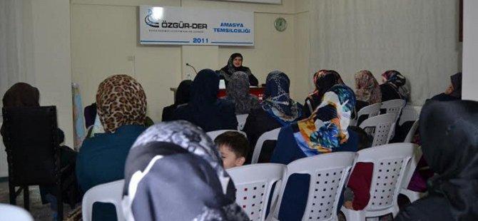 """Amasya'da """"Müslüman ve  Zaman"""" Konulu Seminer"""