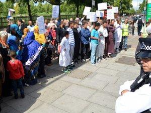 'İngiltere'deki Ötekileştirme Gençleri IŞİD'e İtiyor'
