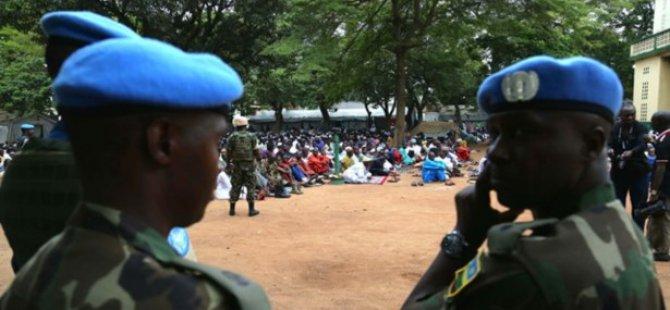 Orta Afrika'da Müslüman Kıyımı