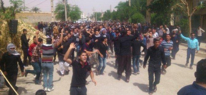 İran'da Sünni Direniş Silahlı Çatışmaya Dönüştü