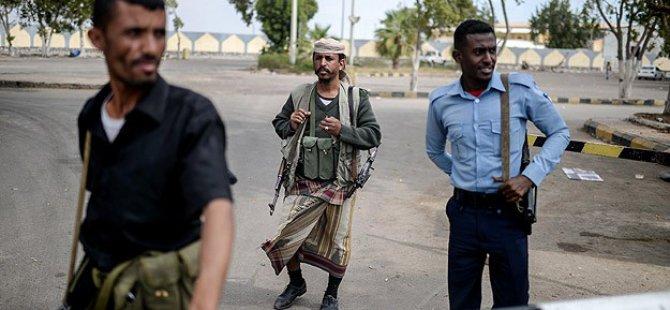 Aden Havalimanı Hadi Yanlılarının Kontrolünde