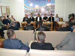 Türkiye'de Siyaset ve Toplumun Geleceği