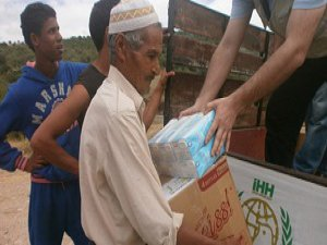 İHH'dan İdlib'e Gıda Yardımı