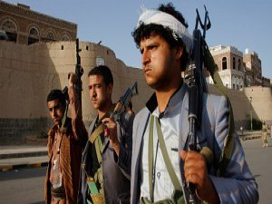 Husiler Aden'den Geri Çekiliyor