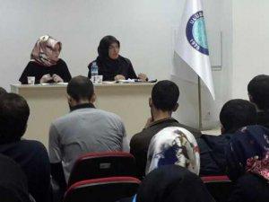 """Uludağ Üniversitesi'nde """"Muhafazakarlık"""" konuşuldu"""