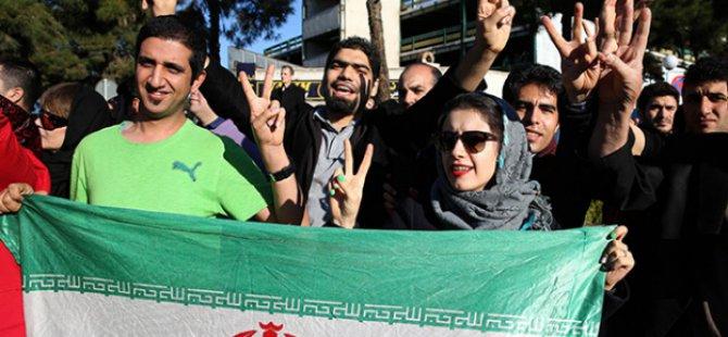 ABD İle Nükleer Uzlaşı İran'ı İkiye Böldü