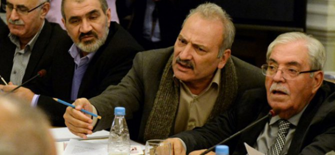 Moskova'da Esed Rejimi ile Kukla Muhalifler Görüşüyor