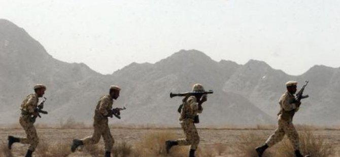 Pakistan Sınırında 8 İran Askeri Öldürüldü