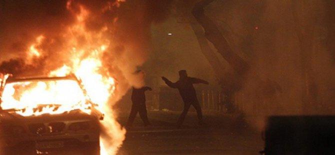 Atina'da İktidar Karşıtı Gösteriler Sürüyor