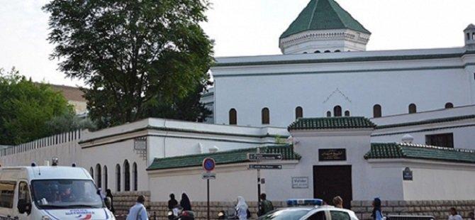 Fransa'daki Cami Saldırısında 3 Gözaltı