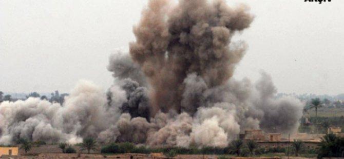 Esed Güçleri Halep'e Hava Saldırılarını Yoğunlaştırdı