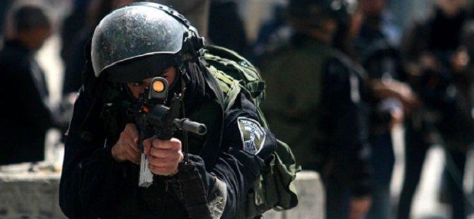 Siyonistler 17 Filistinliyİ Gözaltına Aldı
