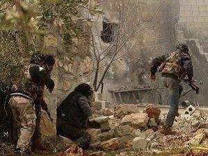 Suriyeli Direnişçiler Rejimin İstihbarat Merkezini Ele Geçirdi
