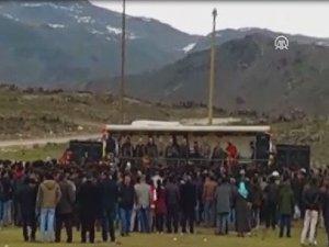 PKK'nın Silahlı Propagandası Kamerada (VİDEO)