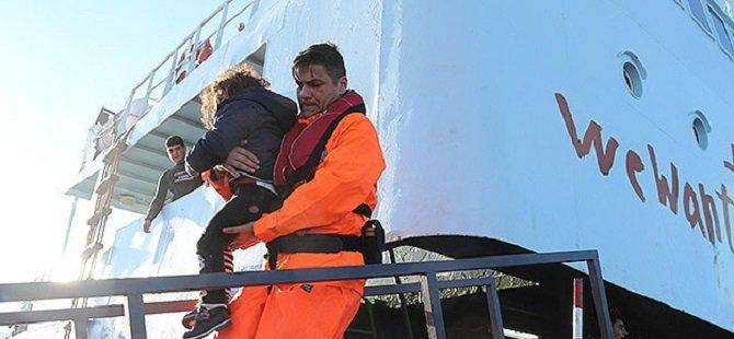 """""""Avrupa İnsanların Boğulmasını Görmezden Geliyor"""""""