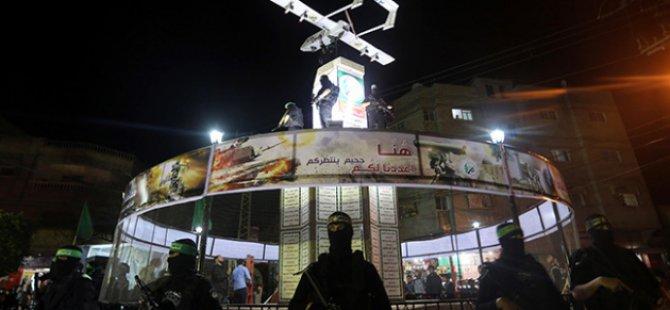 """Gazze'de """"İnsansız Hava Aracı Anıtı"""""""