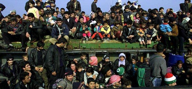 """""""Mültecileri Geldikleri Yerlere Yollayın"""""""