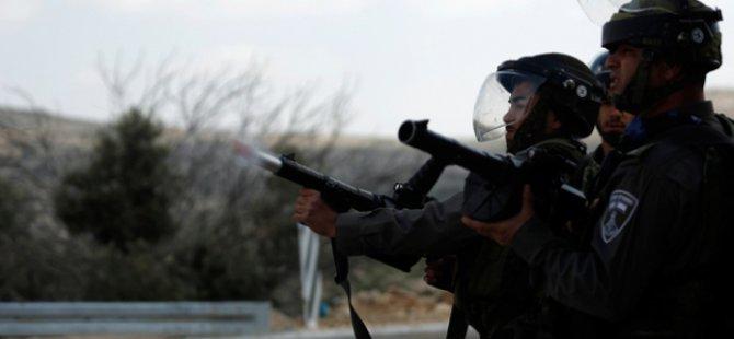 Siyonistler Kudüs'te 20 Filistinliyi Yaraladı