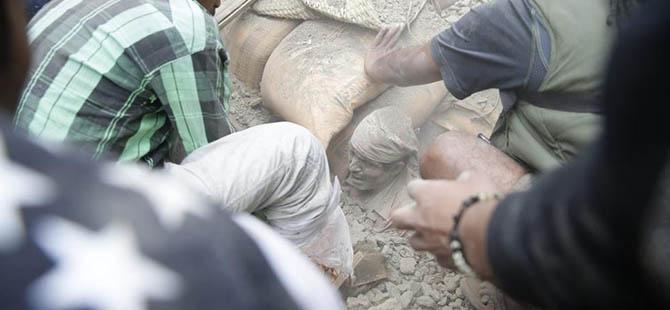 Nepal'da Ölü Sayısı 3 Bin 300'e Yükseldi