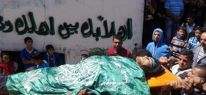 Şehit Ebu Cahişe'nin Cenazesine Binlerce Filistinli Katıldı