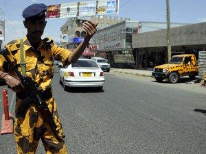 Husiler Sana'da Yeniden Kontrol Noktaları Oluşturuyor