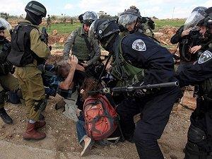 Batı Şeria'da 25 Filistinli Gözaltına Alındı